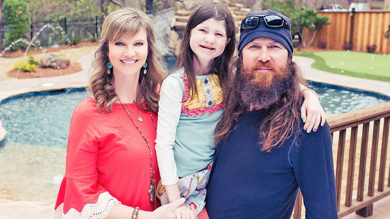 Moms: Unsung Heroes – Missy Robertson and Kimberley Fletcher